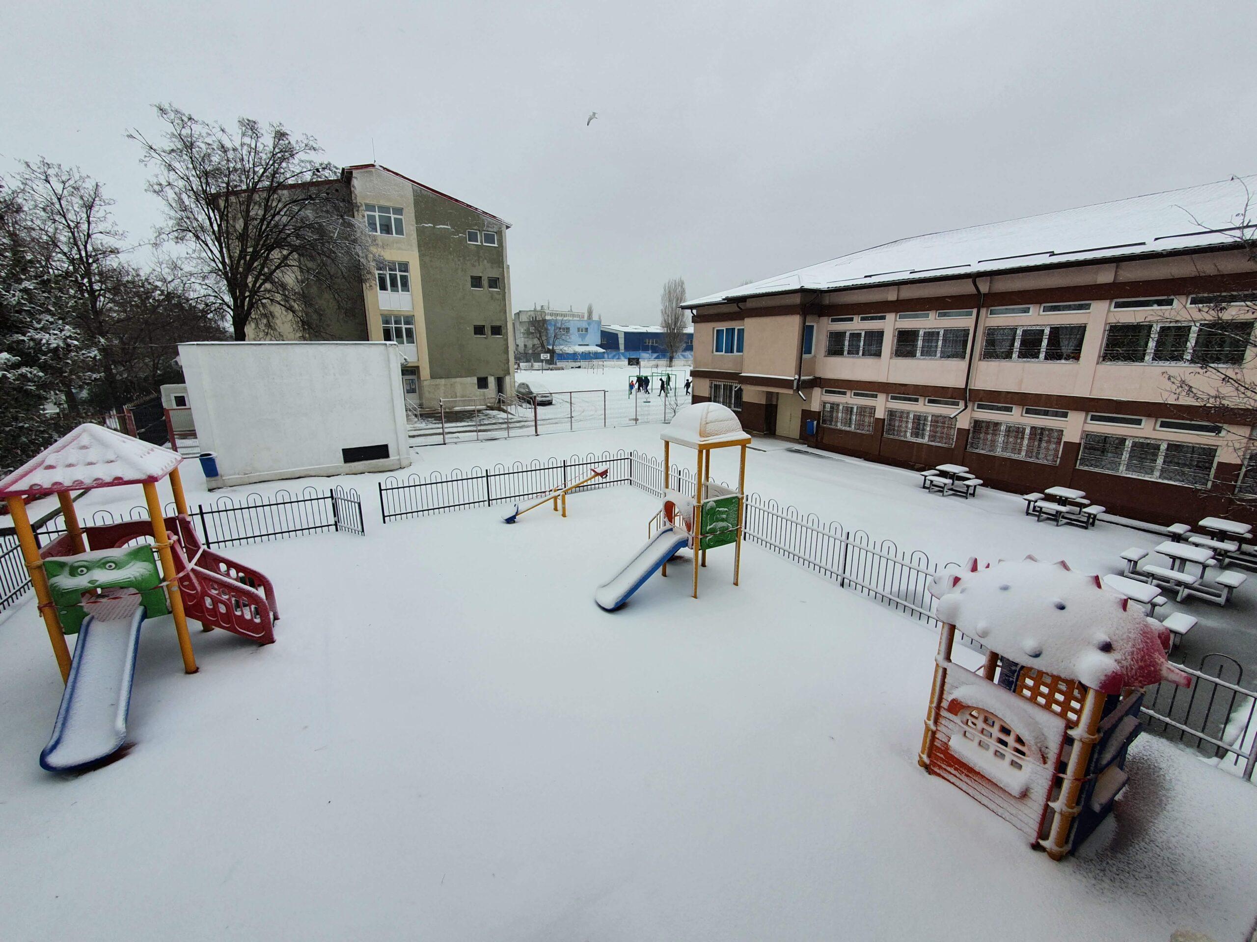 """Centrul Şcolar pentru Educaţie Incluzivă """"Maria Montessori"""" Constanța, dotat cu echipamente de peste 100 de mii de euro!"""
